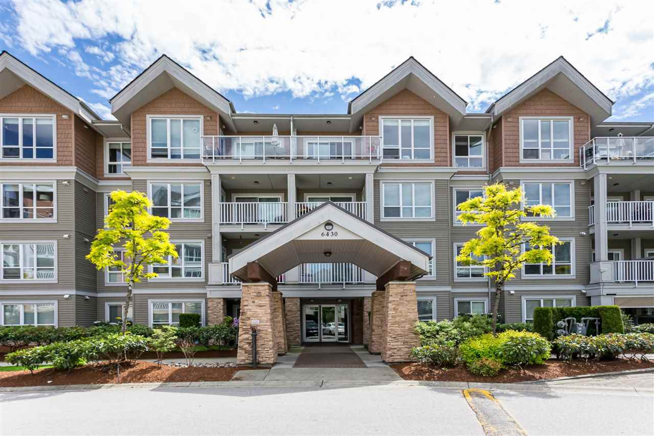 """Main Photo: 210 6430 194 Street in Surrey: Clayton Condo for sale in """"WATERSTONE"""" (Cloverdale)  : MLS®# R2371241"""
