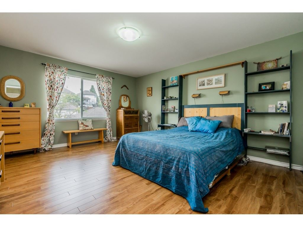 "Photo 12: Photos: 23801 KANAKA Way in Maple Ridge: Cottonwood MR House for sale in ""Creekside Park"" : MLS®# R2371623"
