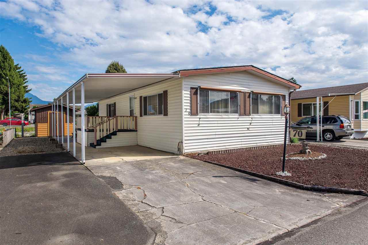 Main Photo: 70 9055 ASHWELL Road in Chilliwack: Chilliwack W Young-Well Manufactured Home for sale : MLS®# R2373722