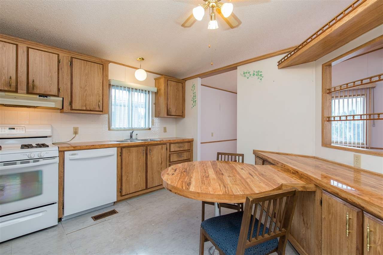 Photo 11: Photos: 70 9055 ASHWELL Road in Chilliwack: Chilliwack W Young-Well Manufactured Home for sale : MLS®# R2373722