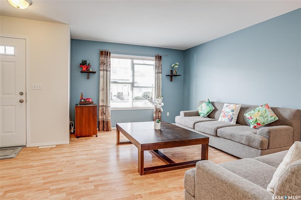 Photo 3: Photos: 19 135 Pawlychenko Lane in Saskatoon: Lakewood S.C. Residential for sale : MLS®# SK778086