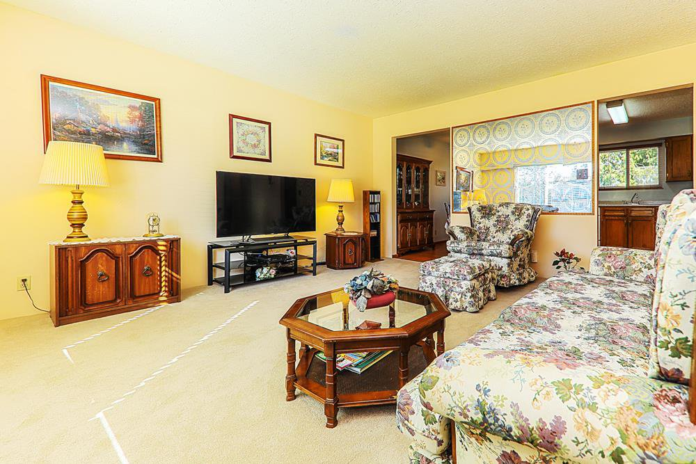 Photo 5: Photos: 14067 113A Avenue in Surrey: Bolivar Heights House for sale (North Surrey)  : MLS®# R2387491