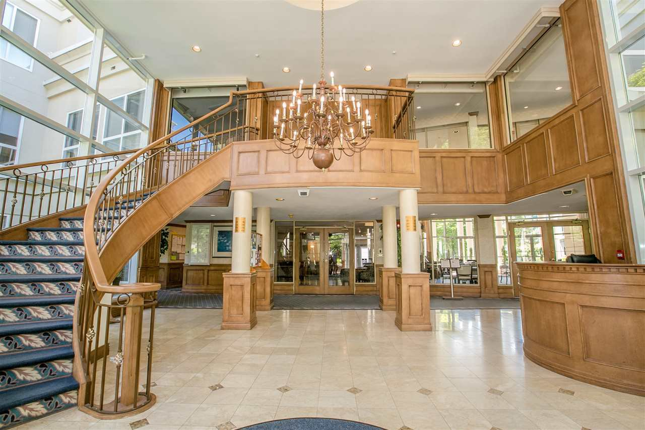 "Main Photo: 419 3098 GUILDFORD Way in Coquitlam: North Coquitlam Condo for sale in ""MARBOROUGH HOUSE"" : MLS®# R2395734"