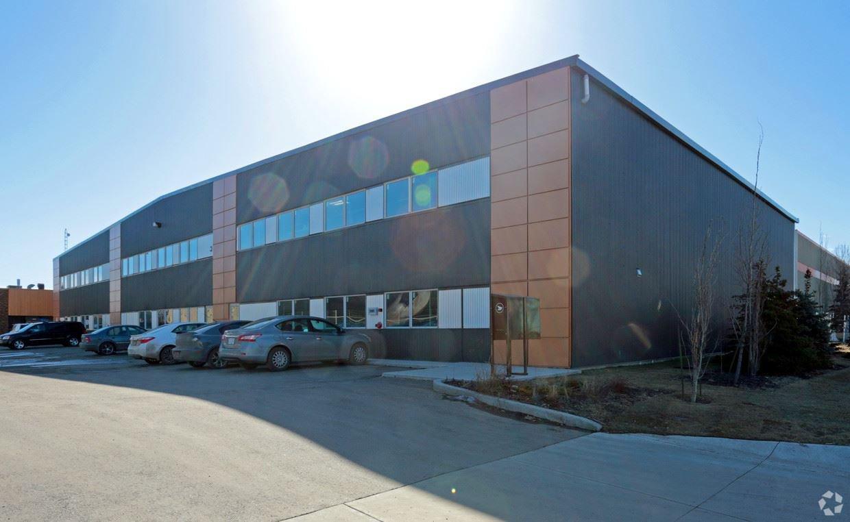 Main Photo: 4523 94 Street in Edmonton: Zone 41 Industrial for sale : MLS®# E4189037