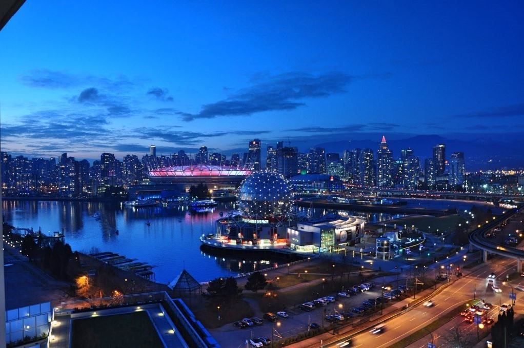 Main Photo: 2013 1618 QUEBEC Street in Vancouver: Mount Pleasant VE Condo for sale (Vancouver East)  : MLS®# R2502348