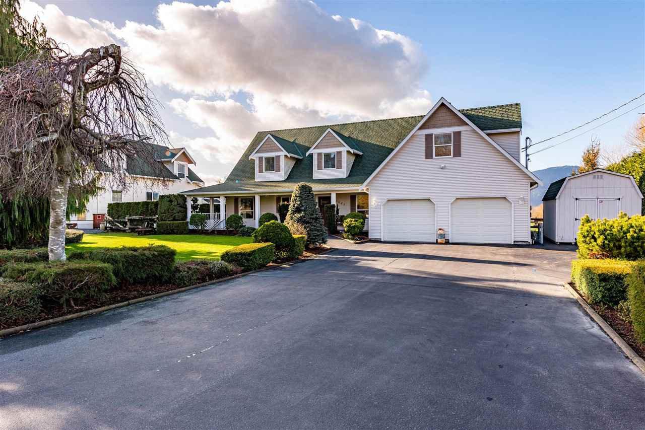 Main Photo: 5843 LICKMAN Road in Chilliwack: Greendale Chilliwack House for sale (Sardis)  : MLS®# R2525078