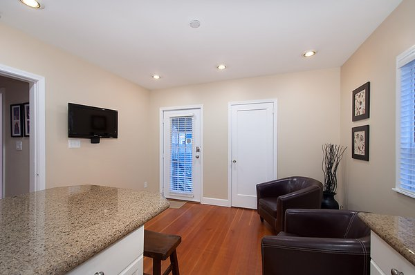 Photo 11: Photos: 5026 DUNBAR Street in Vancouver: Dunbar House for sale (Vancouver West)  : MLS®# V1052869