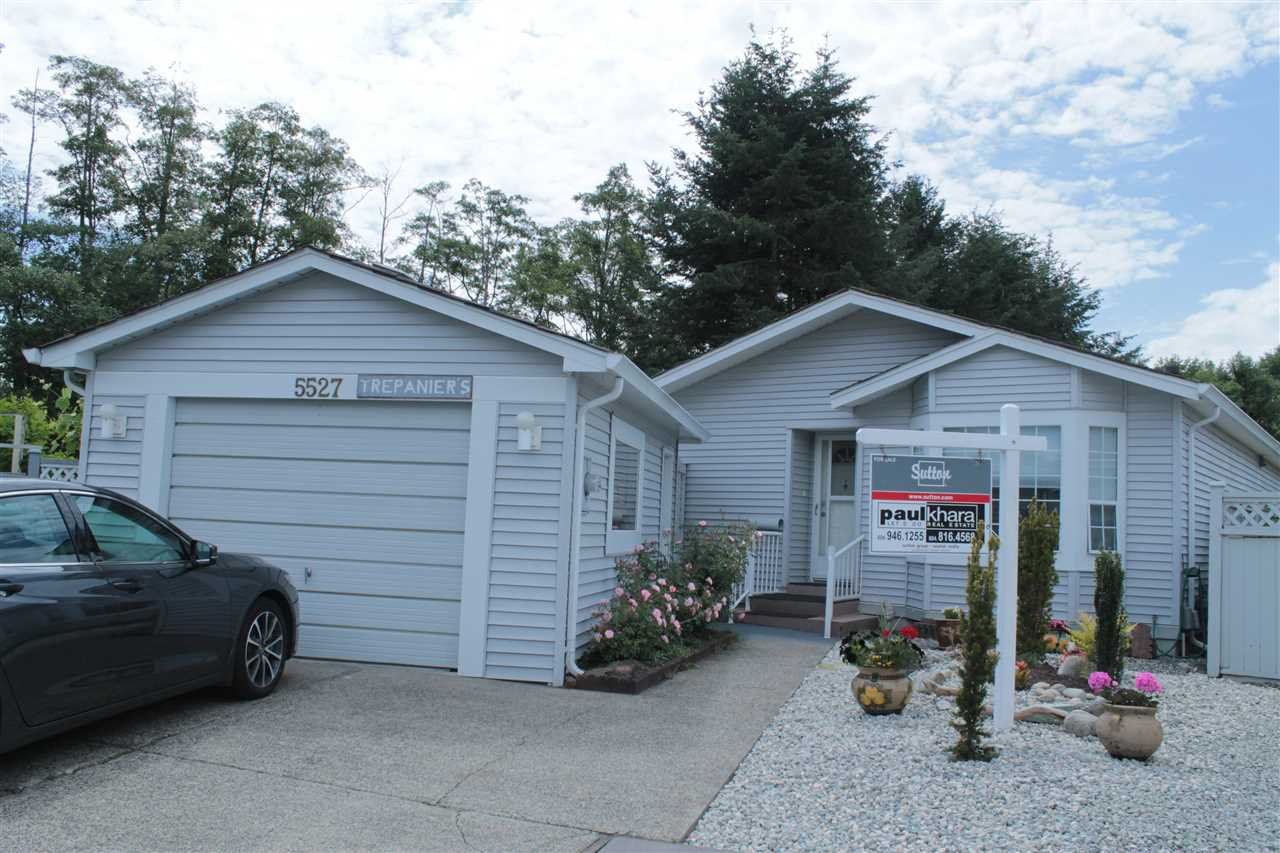 """Main Photo: 5527 SPINNAKER Bay in Delta: Neilsen Grove House for sale in """"SOUTHPOINTE"""" (Ladner)  : MLS®# R2071736"""