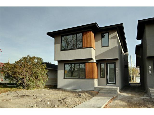 Main Photo: 5228 Bowness Road NW in Calgary: Montgomery House for sale : MLS®# C4087813