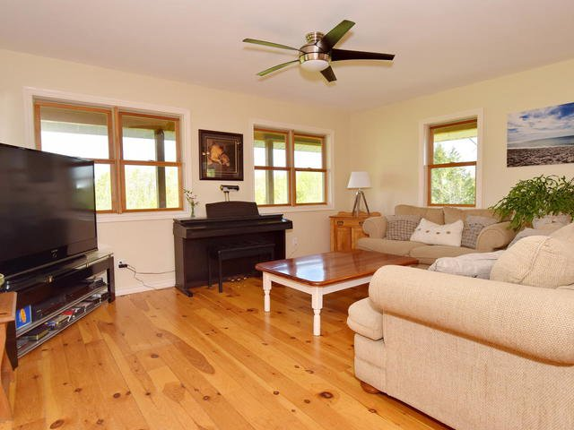 Photo 6: Photos: 2400 County Road 46: Kawartha Lakes Freehold for sale : MLS®# X3805923
