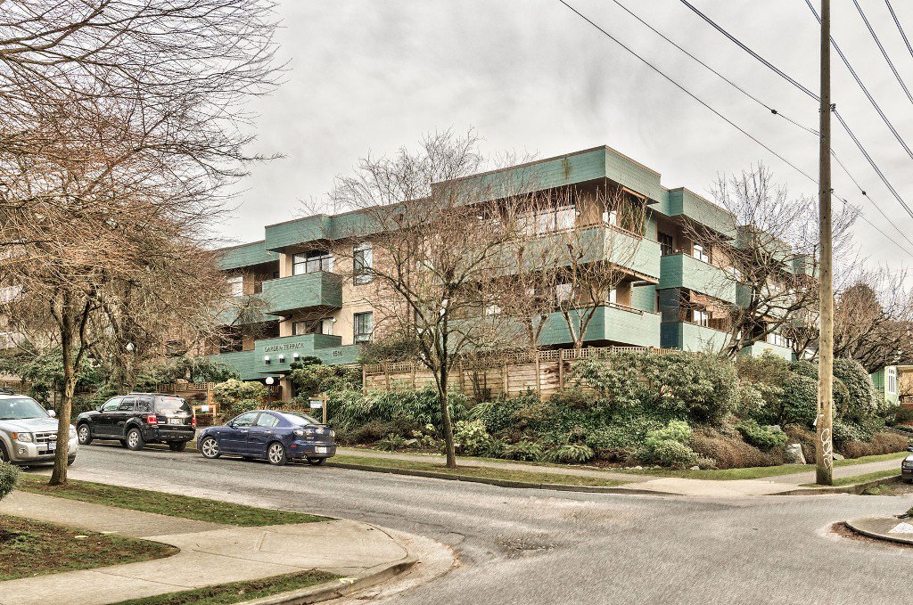 Main Photo: 206 1516 CHARLES STREET in Vancouver: Grandview VE Condo for sale (Vancouver East)  : MLS®# R2141704