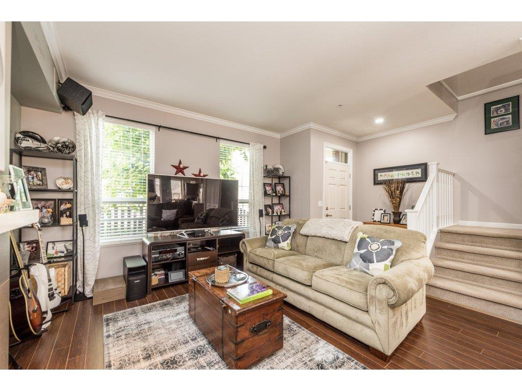 """Photo 4: Photos: 6920 208TH Street in Langley: Willoughby Heights Condo for sale in """"MILNER HEIGHTS"""" : MLS®# R2196182"""