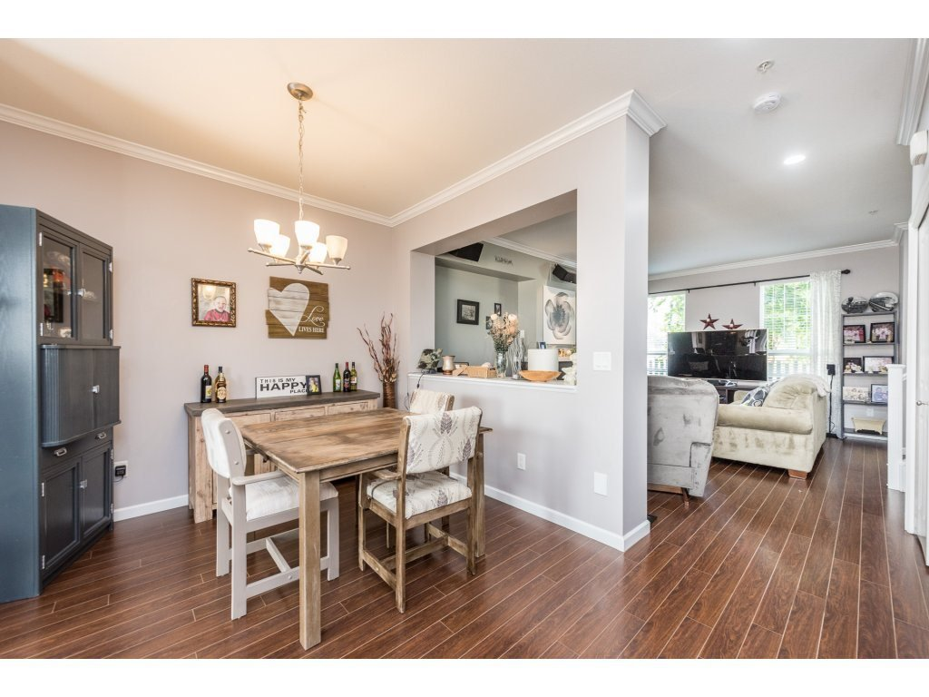 """Photo 6: Photos: 6920 208TH Street in Langley: Willoughby Heights Condo for sale in """"MILNER HEIGHTS"""" : MLS®# R2196182"""