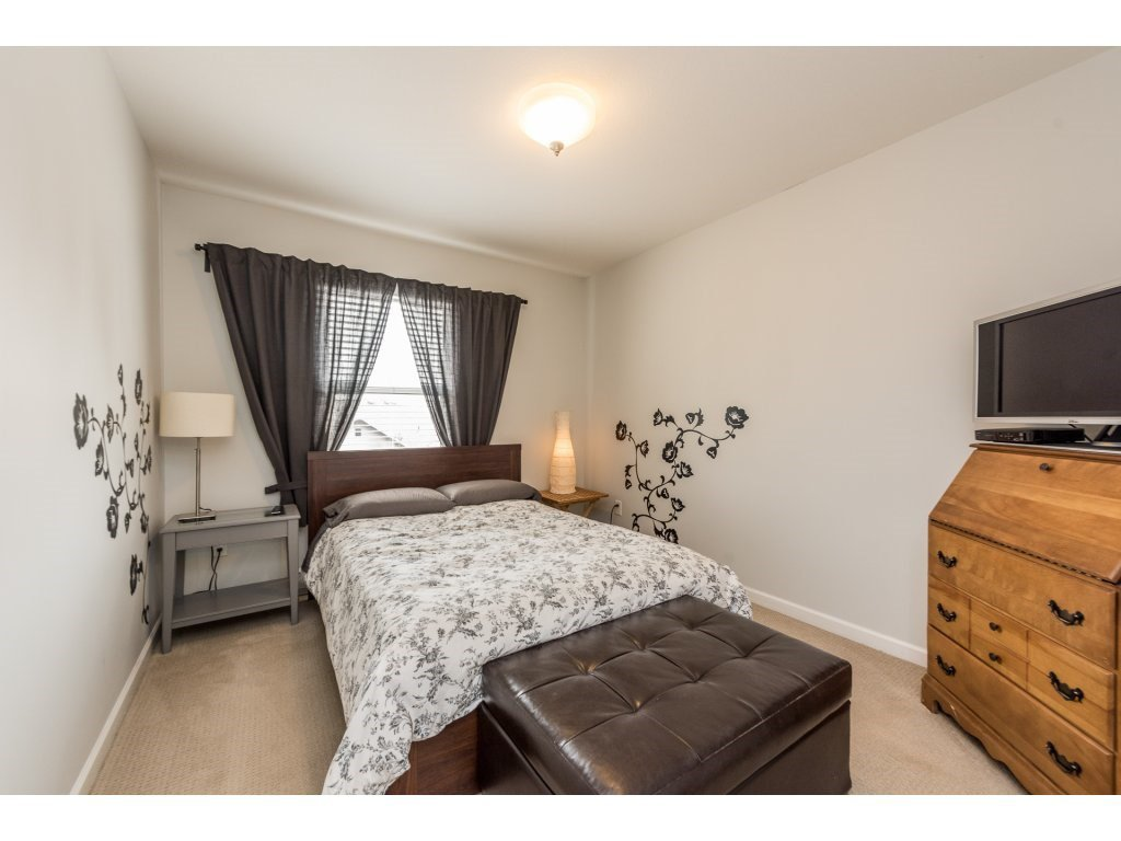 """Photo 15: Photos: 6920 208TH Street in Langley: Willoughby Heights Condo for sale in """"MILNER HEIGHTS"""" : MLS®# R2196182"""
