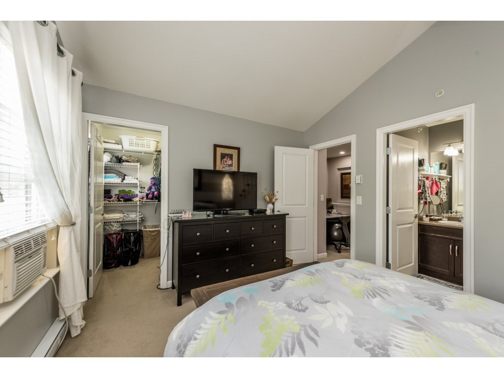 """Photo 13: Photos: 6920 208TH Street in Langley: Willoughby Heights Condo for sale in """"MILNER HEIGHTS"""" : MLS®# R2196182"""
