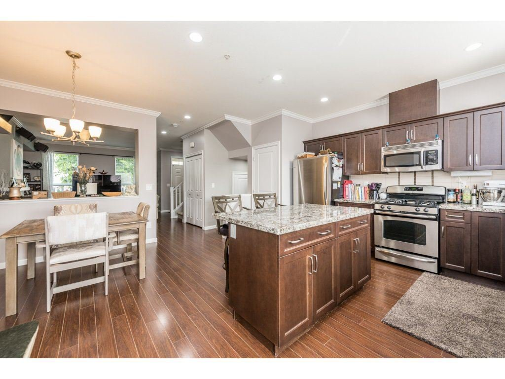 """Photo 10: Photos: 6920 208TH Street in Langley: Willoughby Heights Condo for sale in """"MILNER HEIGHTS"""" : MLS®# R2196182"""