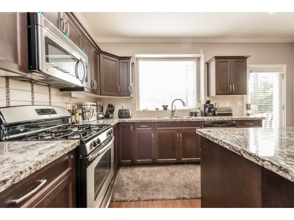 """Photo 8: Photos: 6920 208TH Street in Langley: Willoughby Heights Condo for sale in """"MILNER HEIGHTS"""" : MLS®# R2196182"""