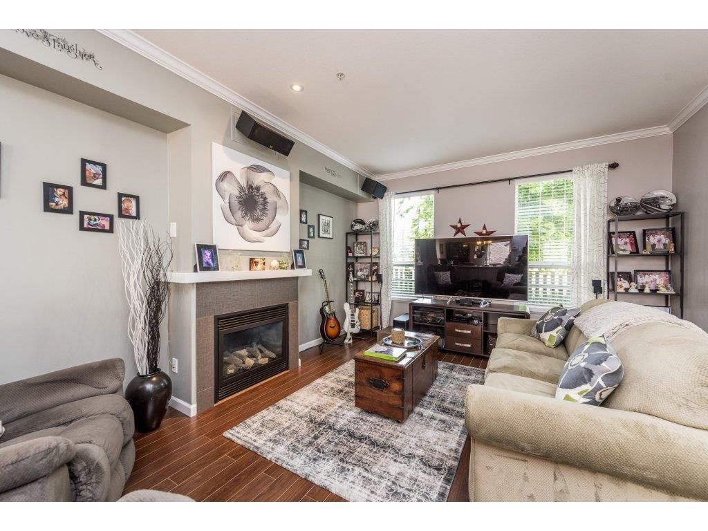 """Photo 3: Photos: 6920 208TH Street in Langley: Willoughby Heights Condo for sale in """"MILNER HEIGHTS"""" : MLS®# R2196182"""