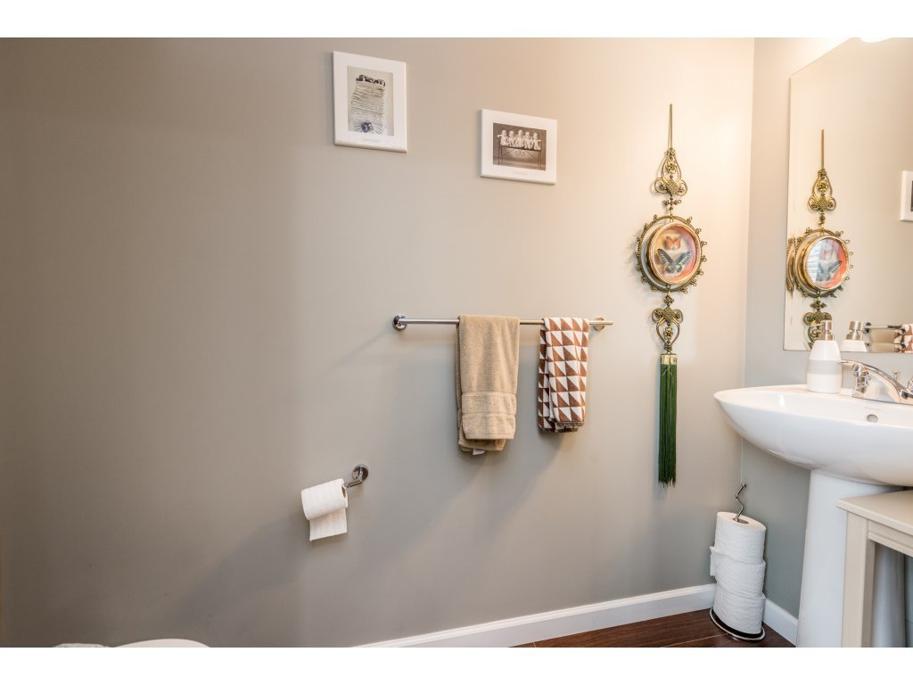 """Photo 11: Photos: 6920 208TH Street in Langley: Willoughby Heights Condo for sale in """"MILNER HEIGHTS"""" : MLS®# R2196182"""