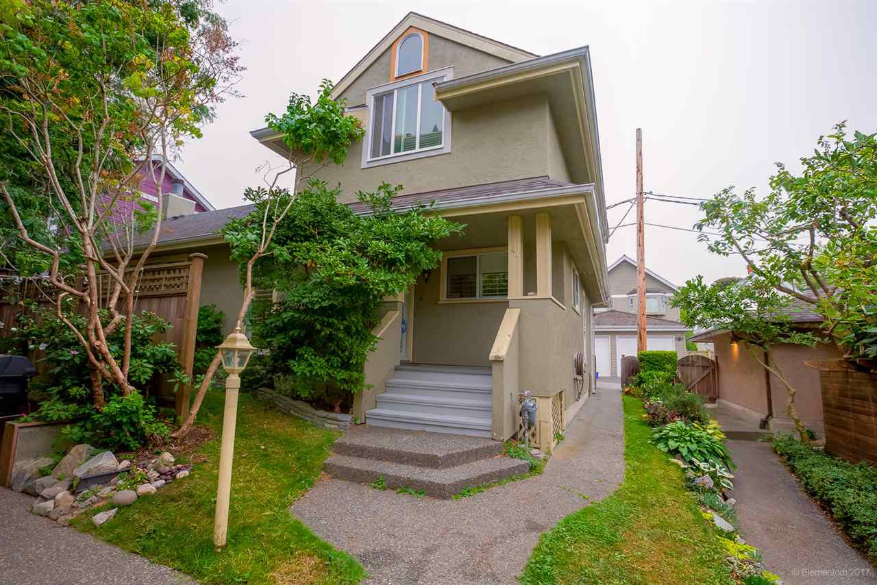 Photo 1: Photos: 40 W 14TH Avenue in Vancouver: Mount Pleasant VW Townhouse for sale (Vancouver West)  : MLS®# R2202470