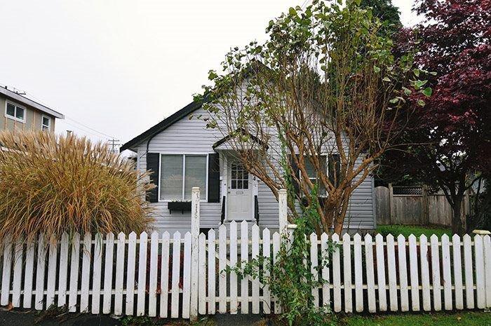 Main Photo: 20384 KENT Street in Maple Ridge: Southwest Maple Ridge House for sale : MLS®# R2221127