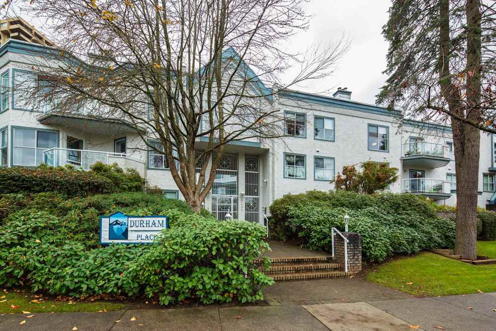 "Main Photo: 226 5695 CHAFFEY Avenue in Burnaby: Central Park BS Condo for sale in ""DURHAM PLACE"" (Burnaby South)  : MLS®# R2221834"