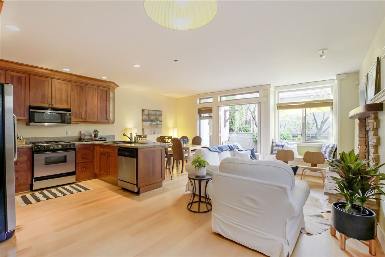 Main Photo: 1978 W 12TH Avenue in Vancouver: Kitsilano Townhouse for sale (Vancouver West)  : MLS®# R2257094