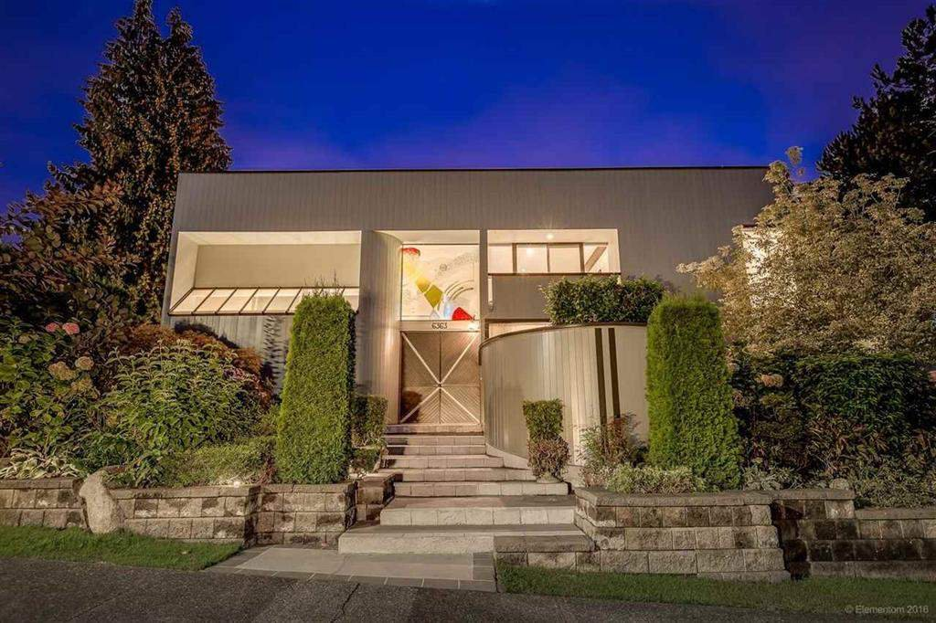 Main Photo: 6363 BUCKINGHAM Drive in Burnaby: Buckingham Heights House for sale (Burnaby South)  : MLS®# R2267440
