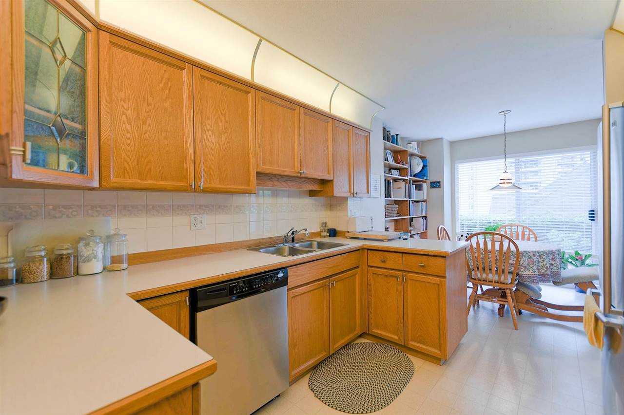 Photo 9: Photos: 34 72 JAMIESON Court in New Westminster: Fraserview NW Townhouse for sale : MLS®# R2279714