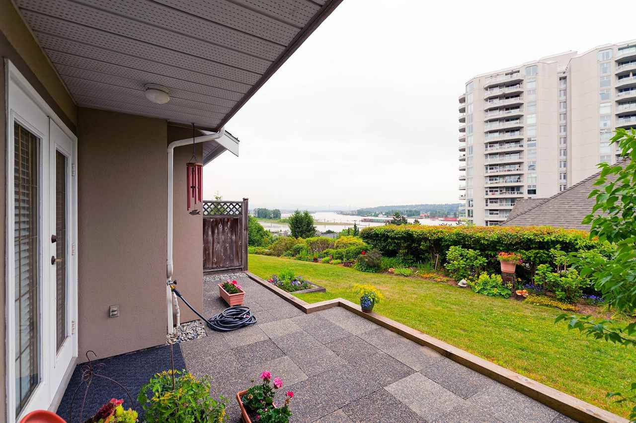 Photo 11: Photos: 34 72 JAMIESON Court in New Westminster: Fraserview NW Townhouse for sale : MLS®# R2279714