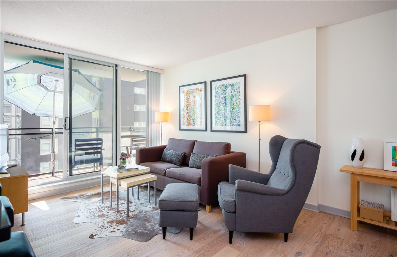 """Main Photo: 1106 1082 SEYMOUR Street in Vancouver: Downtown VW Condo for sale in """"FREESIA"""" (Vancouver West)  : MLS®# R2297152"""
