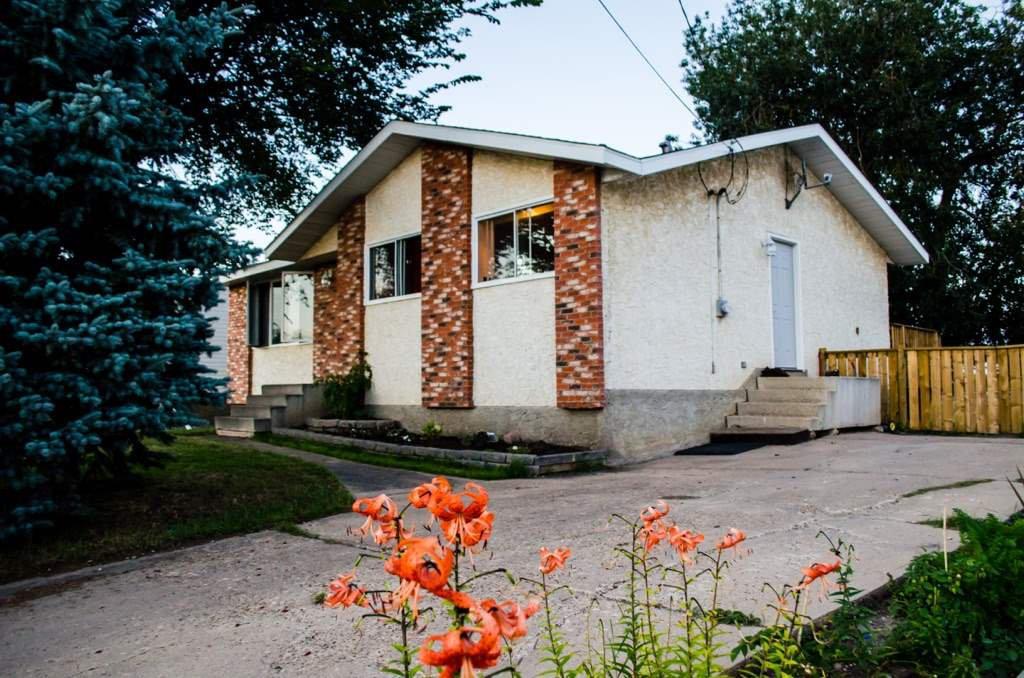 Main Photo: 5311 50 Street: Legal House for sale : MLS®# E4151722