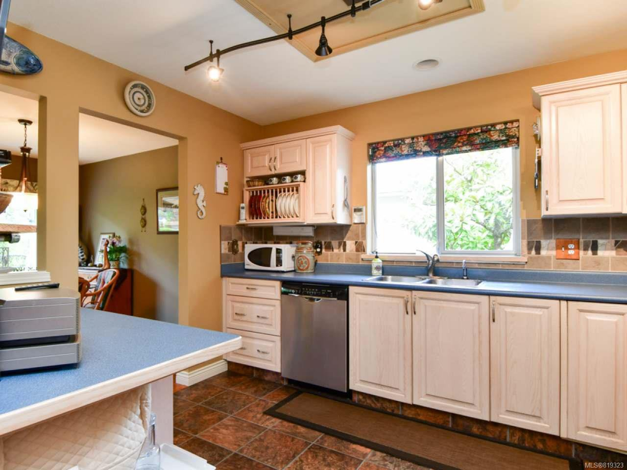 Photo 12: Photos: 35 2055 Galerno Rd in CAMPBELL RIVER: CR Willow Point Row/Townhouse for sale (Campbell River)  : MLS®# 819323