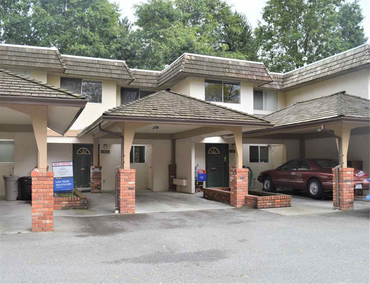 Main Photo: 11682 RITCHIE Avenue in Maple Ridge: East Central Townhouse for sale : MLS®# R2441789
