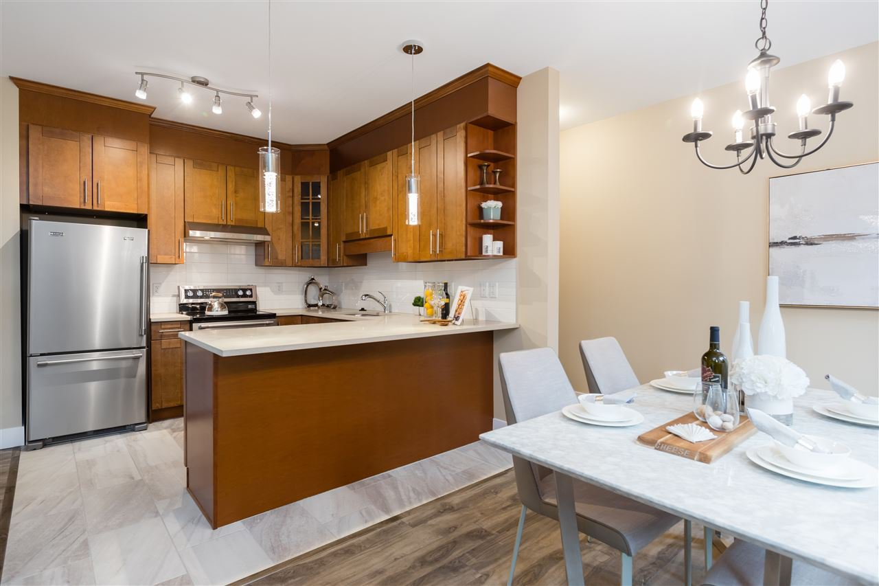 """Photo 11: Photos: 9 8091 NO. 2 Road in Richmond: Lackner Townhouse for sale in """"KINGFISHER PARK"""" : MLS®# R2456674"""