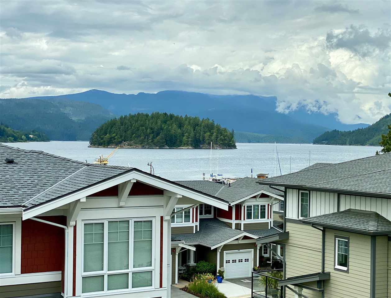 """Main Photo: 5974 OLDMILL Lane in Sechelt: Sechelt District Townhouse for sale in """"EDGEWATER"""" (Sunshine Coast)  : MLS®# R2464884"""
