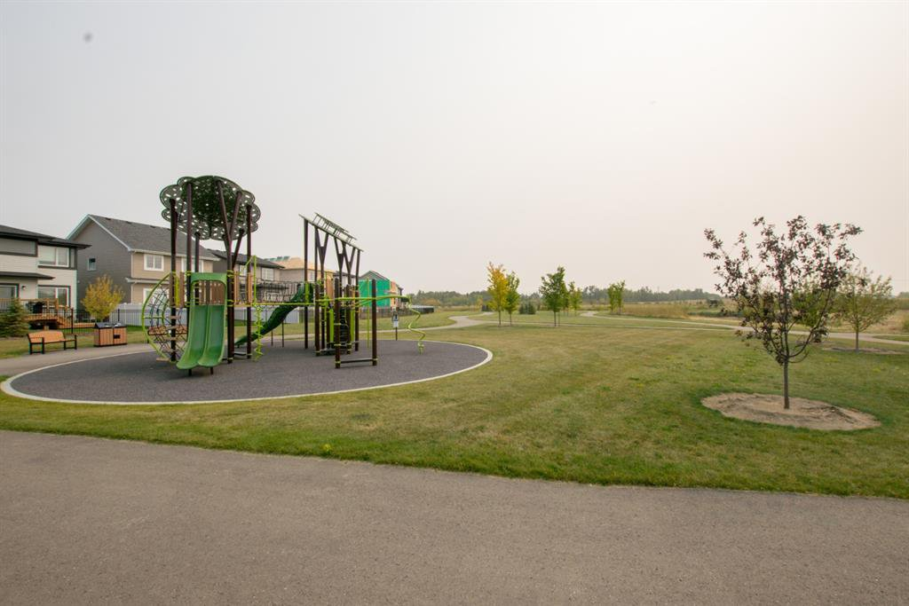 Photo 7: Photos: 30 Memorial Parkway in Rural Red Deer County: Liberty Landing Residential for sale : MLS®# A1034926