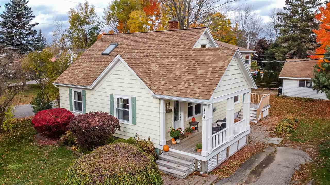 Main Photo: 164 Cottage Street in Berwick: 404-Kings County Residential for sale (Annapolis Valley)  : MLS®# 202022566