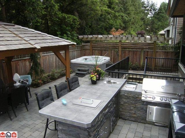 """Photo 9: Photos: 3088 162A Street in Surrey: Grandview Surrey House for sale in """"Morgan Acres"""" (South Surrey White Rock)  : MLS®# F1114372"""