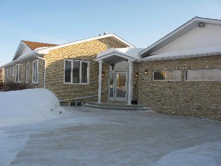 Main Photo: 662 CHURCH RD in Winnipeg: Residential for sale (St Andrews)  : MLS®# 1103658