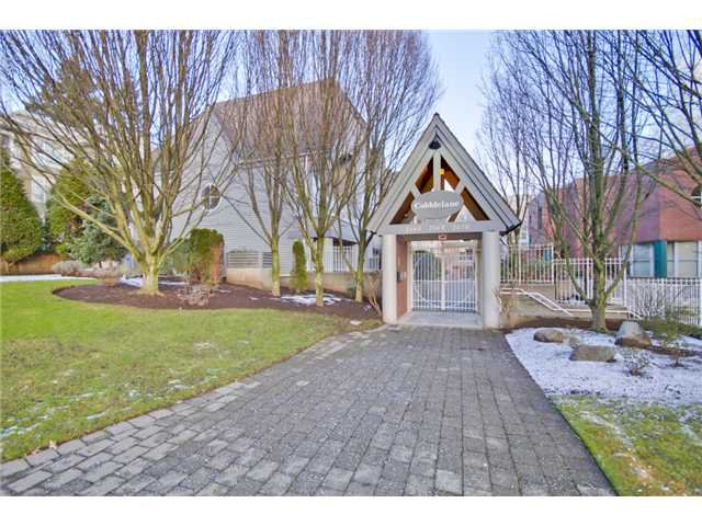 Main Photo: 207 7168 OAK Street in Vancouver: South Cambie Condo for sale (Vancouver West)  : MLS®# V926190