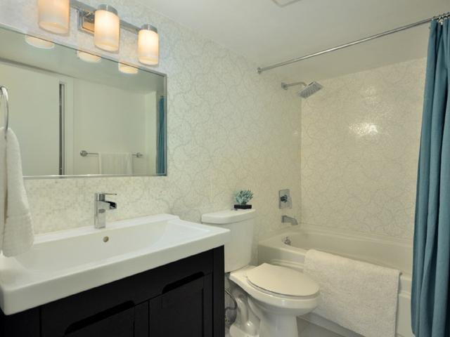 Photo 7: Photos: 2325 ASH ST in Vancouver: Fairview VW Condo for sale (Vancouver West)  : MLS®# V1021388