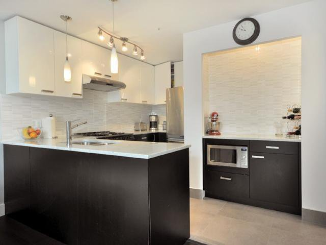 Photo 5: Photos: 2325 ASH ST in Vancouver: Fairview VW Condo for sale (Vancouver West)  : MLS®# V1021388