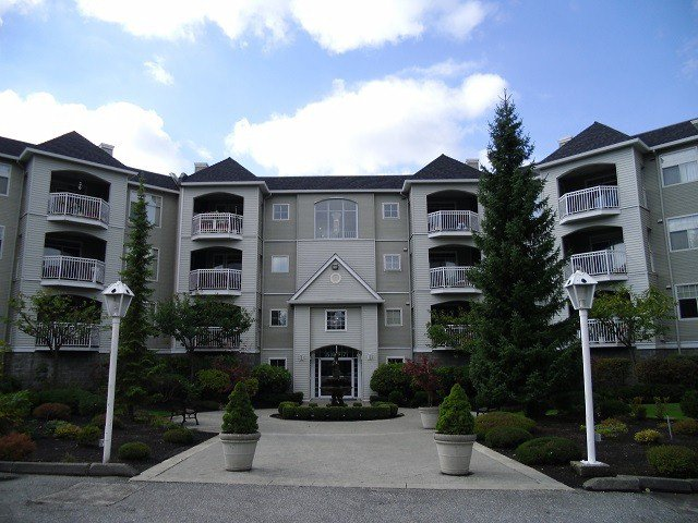 "Main Photo: # 315 5677 208TH ST in Langley: Langley City Condo for sale in ""Ivy Lea"" : MLS®# F1322855"
