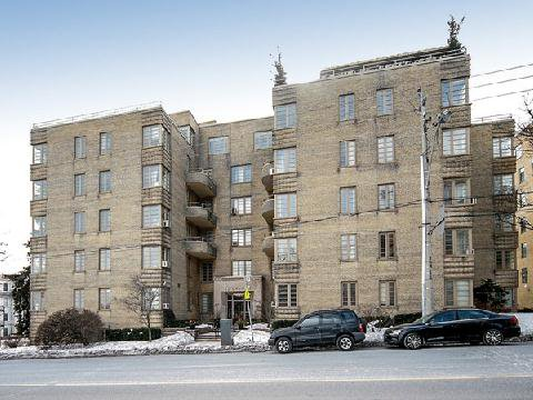 Main Photo: 2 707 W Eglinton Avenue in Toronto: Forest Hill South Condo for sale (Toronto C03)  : MLS®# C2840462
