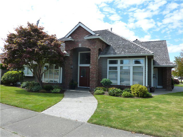 Main Photo: 1838 GOLF CLUB Drive in Tsawwassen: Cliff Drive House for sale : MLS®# V1085240
