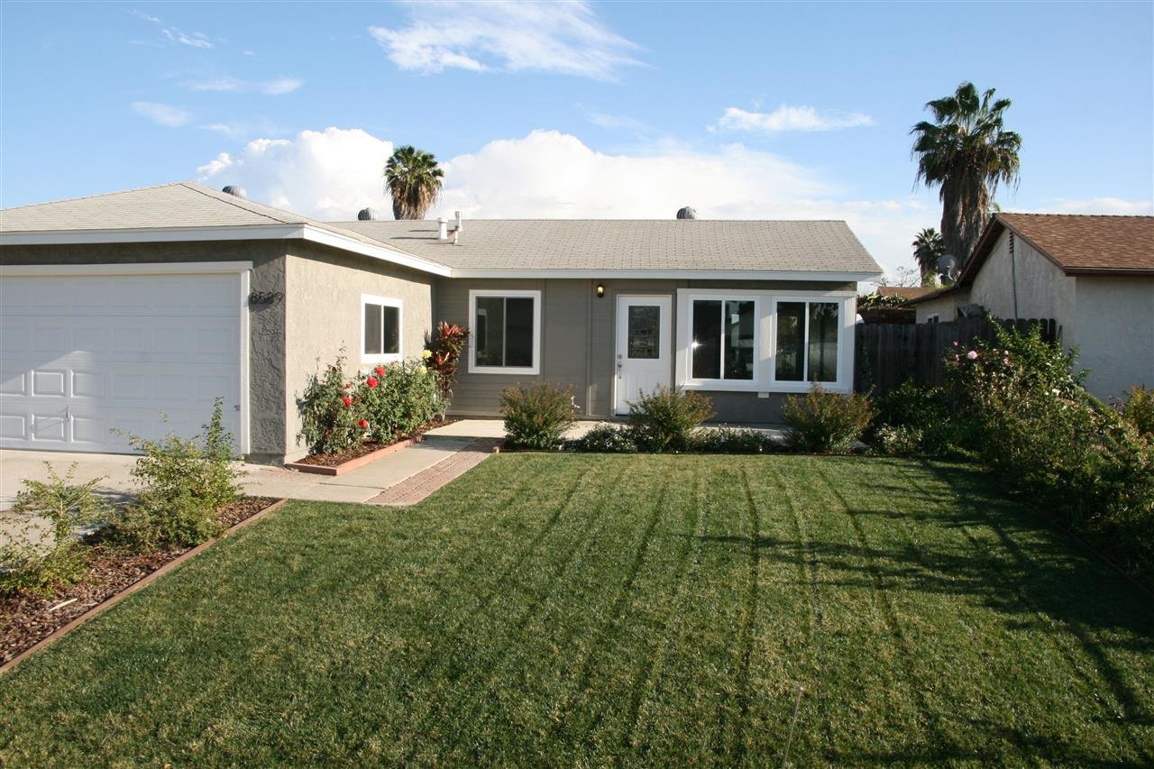 Main Photo: MIRA MESA House for sale : 3 bedrooms : 8589 Flanders in San Diego