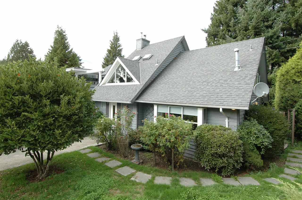 Main Photo: 4680 WICKENDEN Road in NORTH VANC: Deep Cove House for sale (North Vancouver)  : MLS®# R2000543