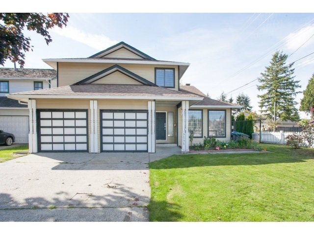 Main Photo: 9591 155TH Street in Surrey: Fleetwood Tynehead House for sale : MLS®# R2002020