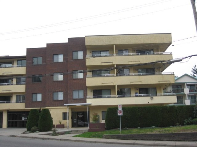 "Main Photo: 401 2684 MCCALLUM Road in Abbotsford: Central Abbotsford Condo for sale in ""Ridgeview Place"" : MLS®# R2017055"